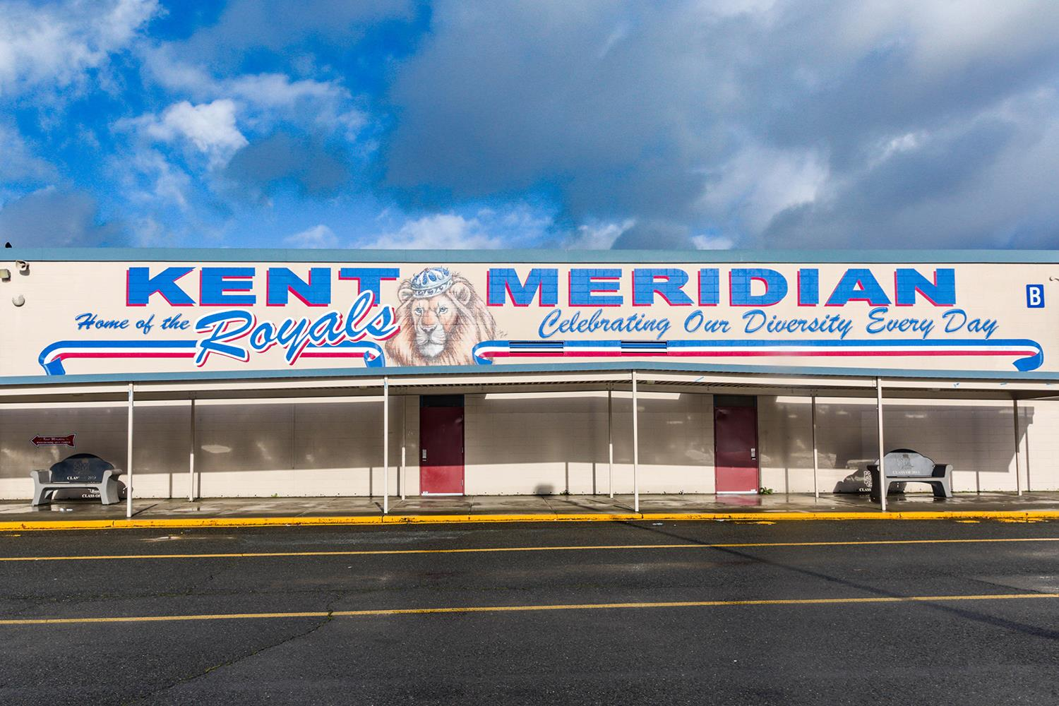 Kent-Meridian High School / Home