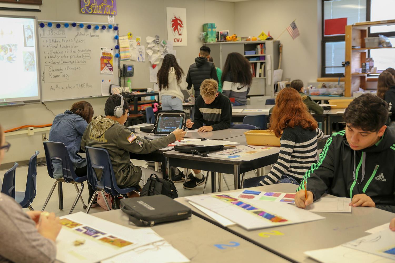 Cedar Heights Middle School / Home